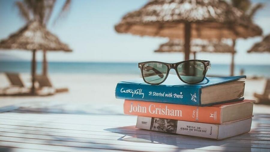 books-918521_640